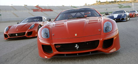 8 Ferrari 599XX étaient à Valence pour de premiers essais
