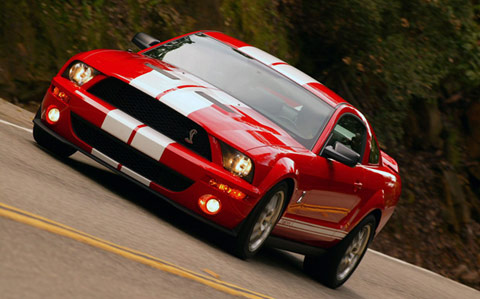 Ford mustang Shelby GT 500 dans sa version 2011