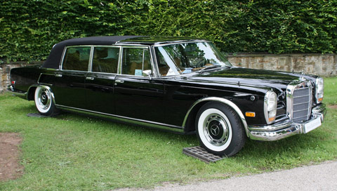 Mercedes 600 Pullman W100