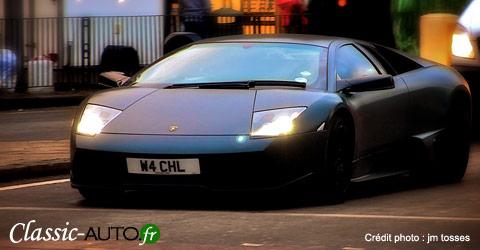 La Lamborghini Murciélago et ses 1,13 mètre de hauteur