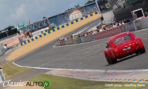 Roulez avec votre voiture de collection sur le circuit Bugatti