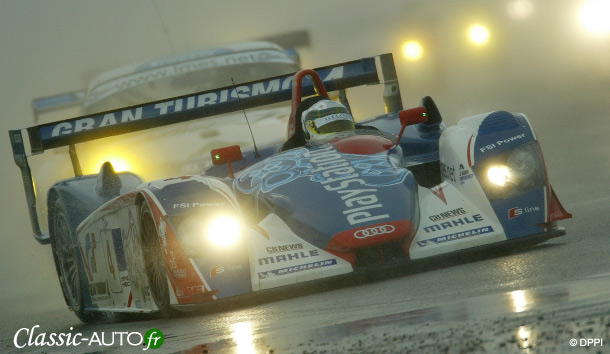 Allan McNish prend l'eau dans son Audi R8 Oreca - Silverstone 2005