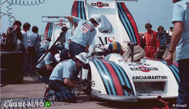 Michele Alboreto aux stands avec sa Lancia LC1