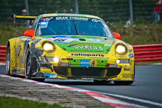 Porsche Manthey aux 24 Heures du Nurburgring 2011