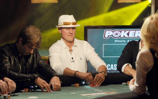 Michael Schumacher jouant au poker